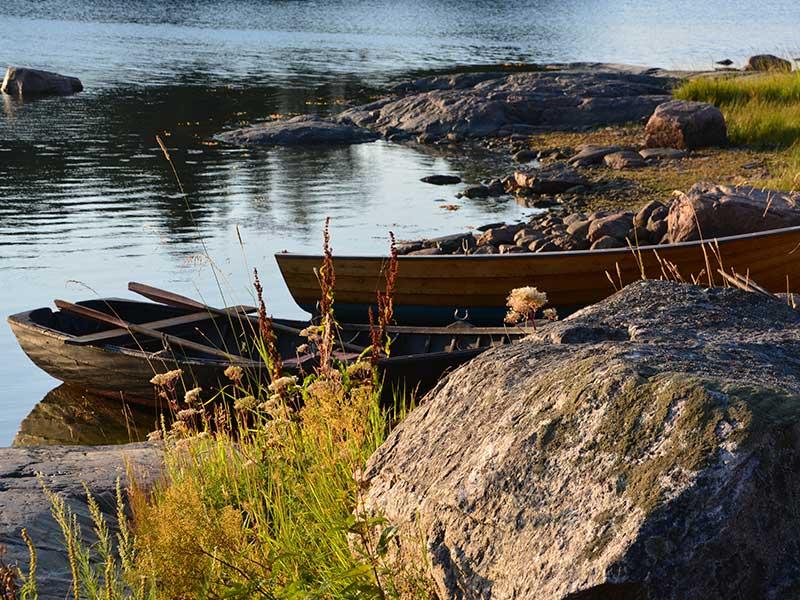 Puuveneitä Pellingissä